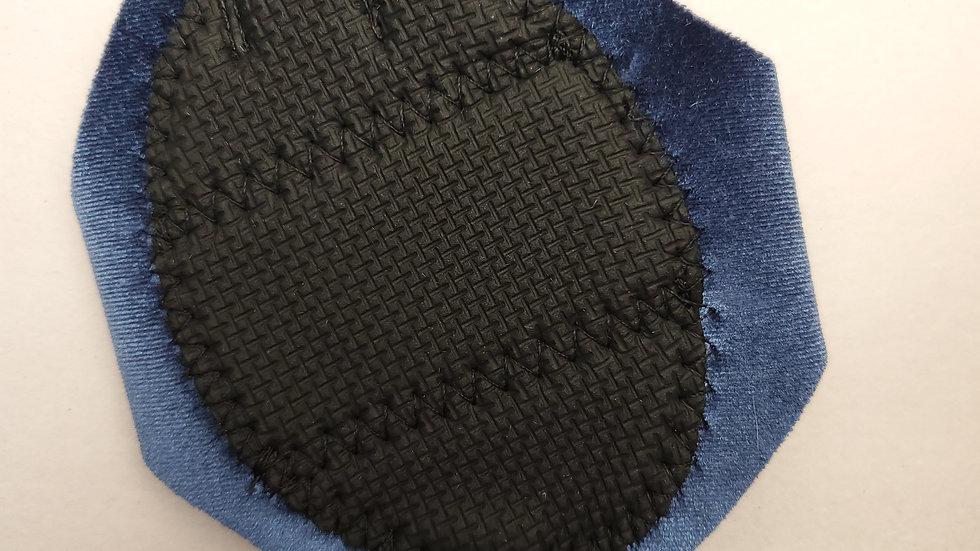 BUNDLE: Standard Size Supreme Slider with Marcia Baraldi Glove & YLI Poly Thread