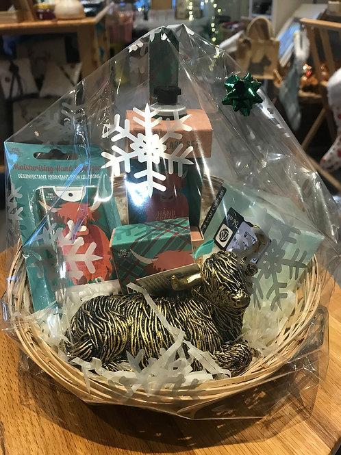 Highland Coo Christmas Gift Basket 2