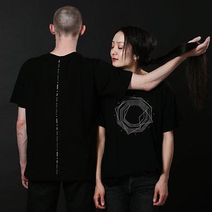 חולצת החור / The Hole T-Shirt