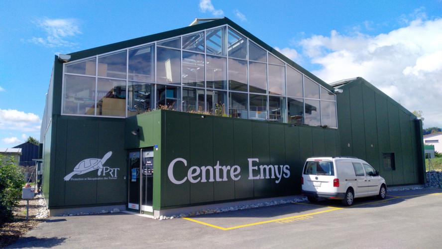 centre Emys