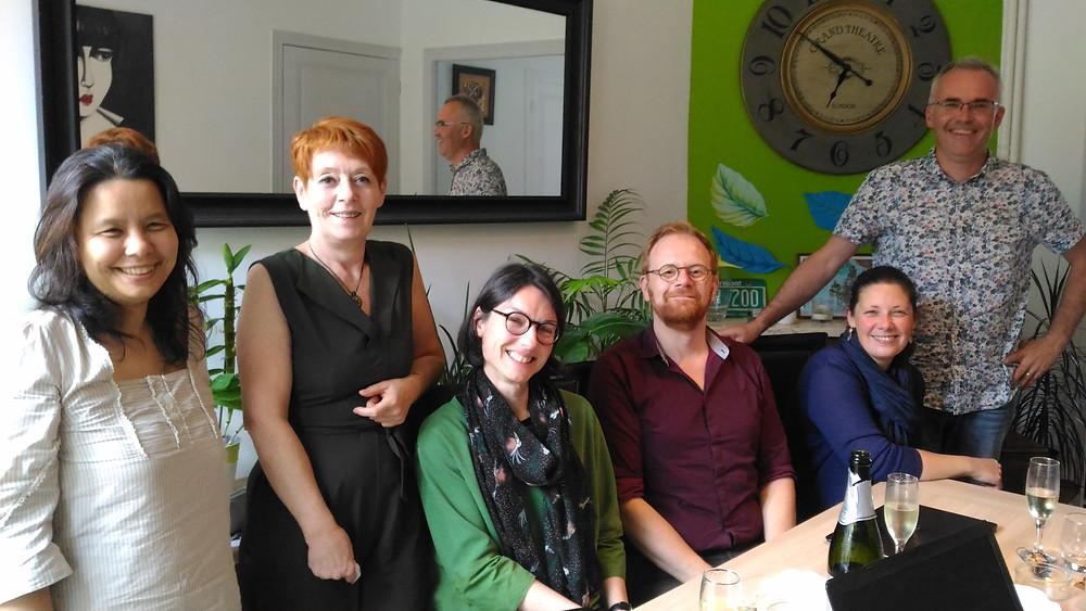 Delphine Roux avec l'équipe de la Chouette Imprévue