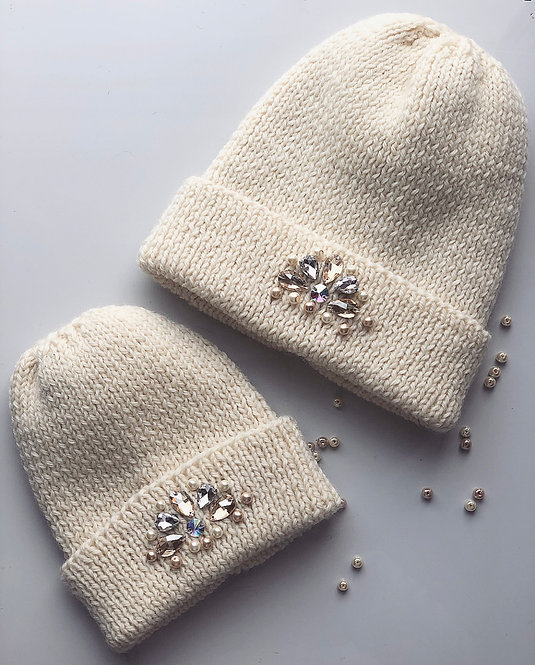 Сет из шапок (мама+дочка, 2 шт.) со стразами из шерсти мериноса Anna handmade