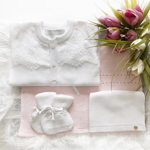 Комплект на выписку с кружевом (Белый/Розовый) Mia Company