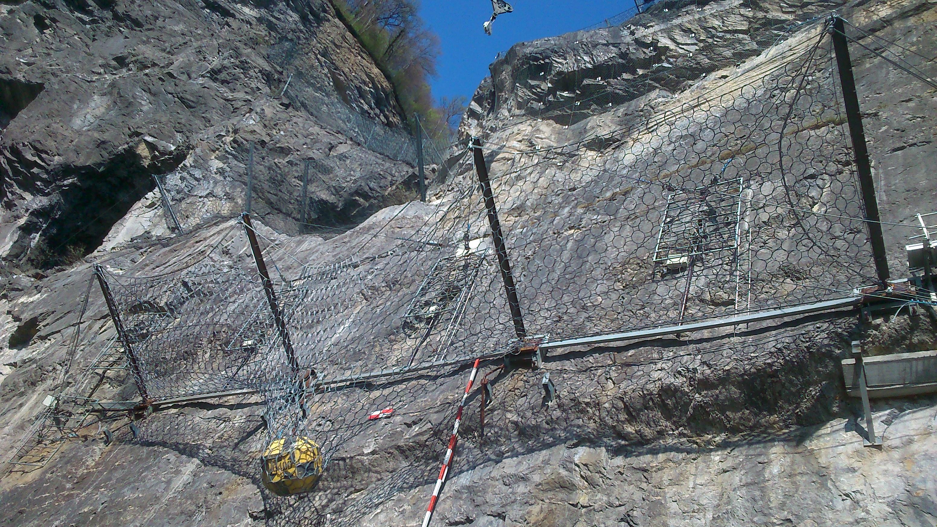 Rock fence...test successful!