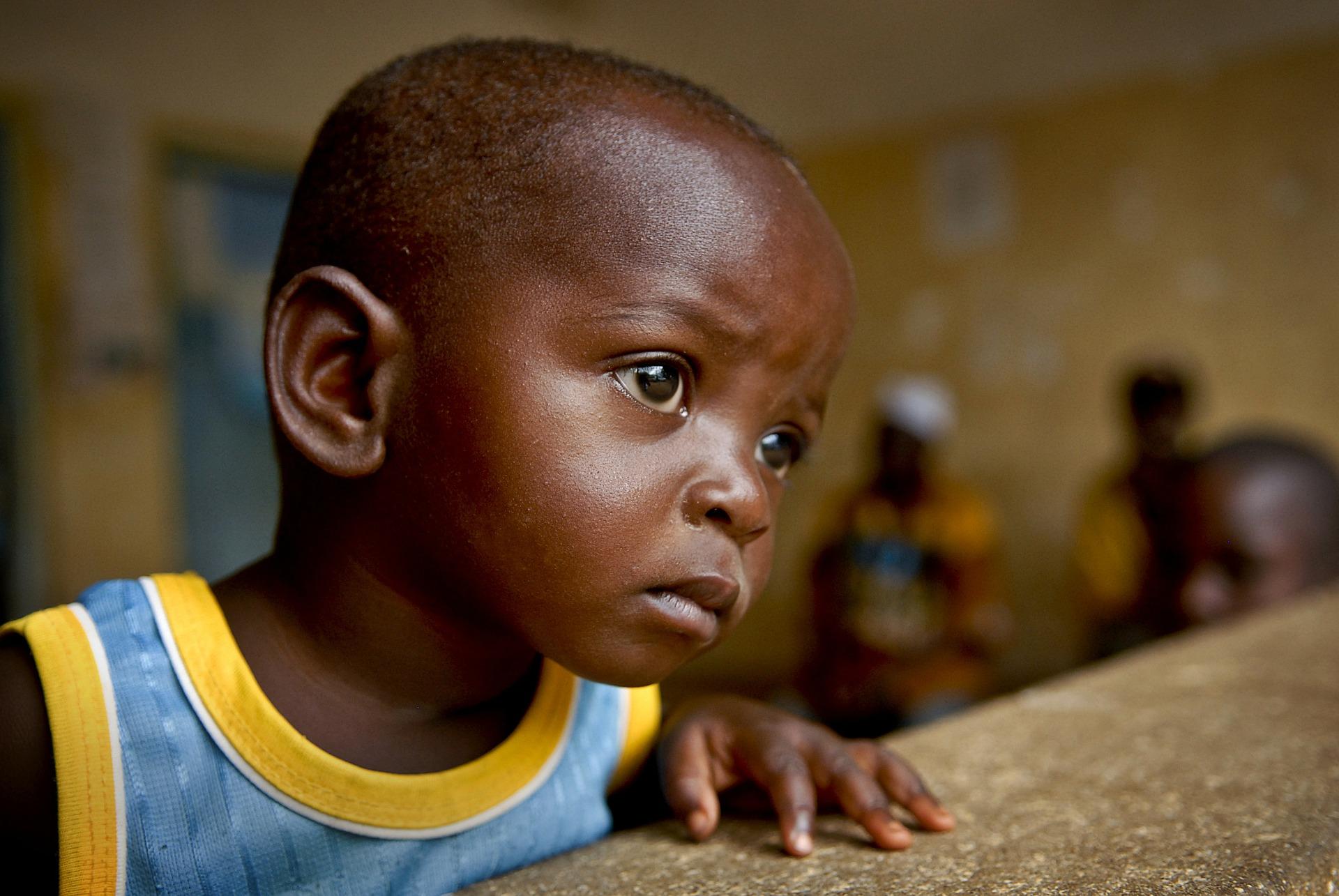 Boy_volunteering_Africa_Tanzania