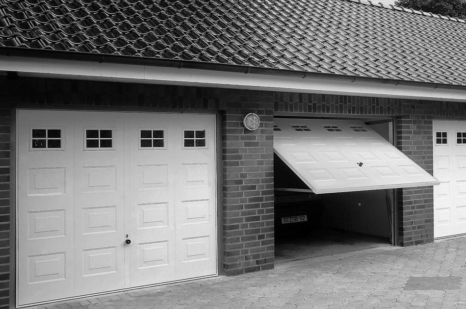Garage doors, sliding/swing gate