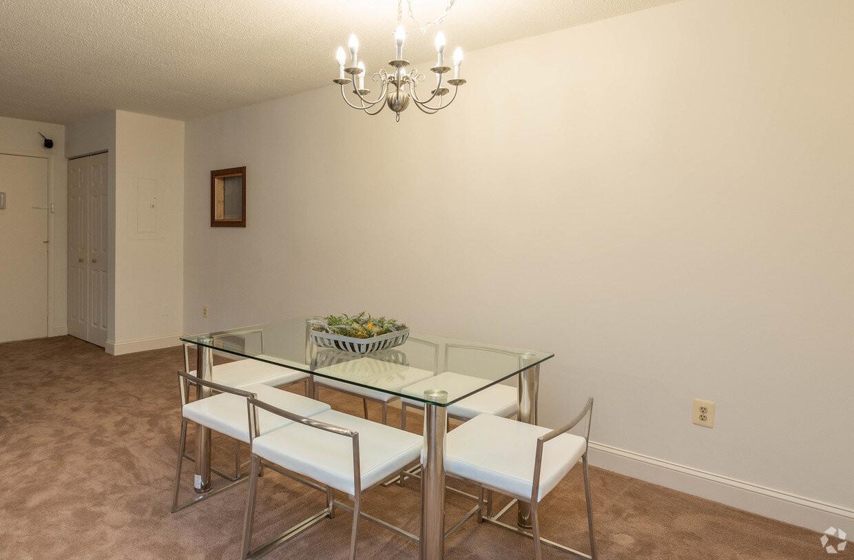 briarcliff-apartments-cockeysville-md-2b