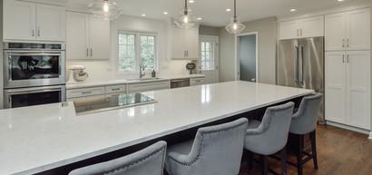 Top-Trends-in-Kitchen-Countertop-Design-10_Sebring-Services.jpg
