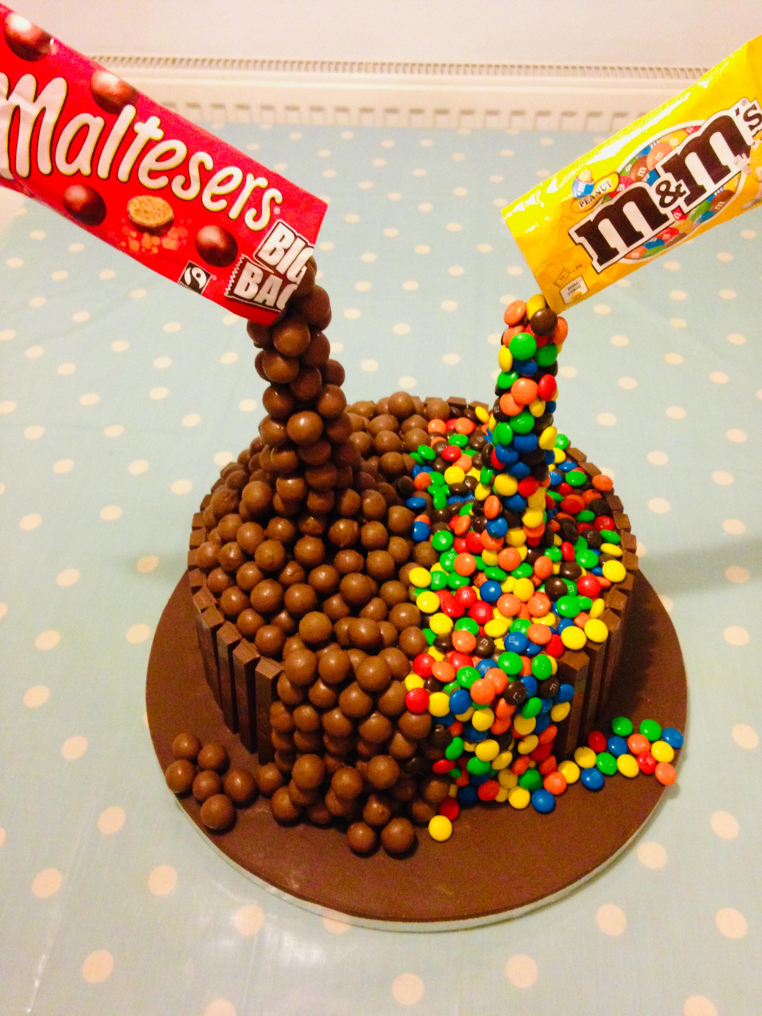 Sweetie Gravity Cake