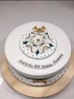 York Rose Christmas Anniversary Cake