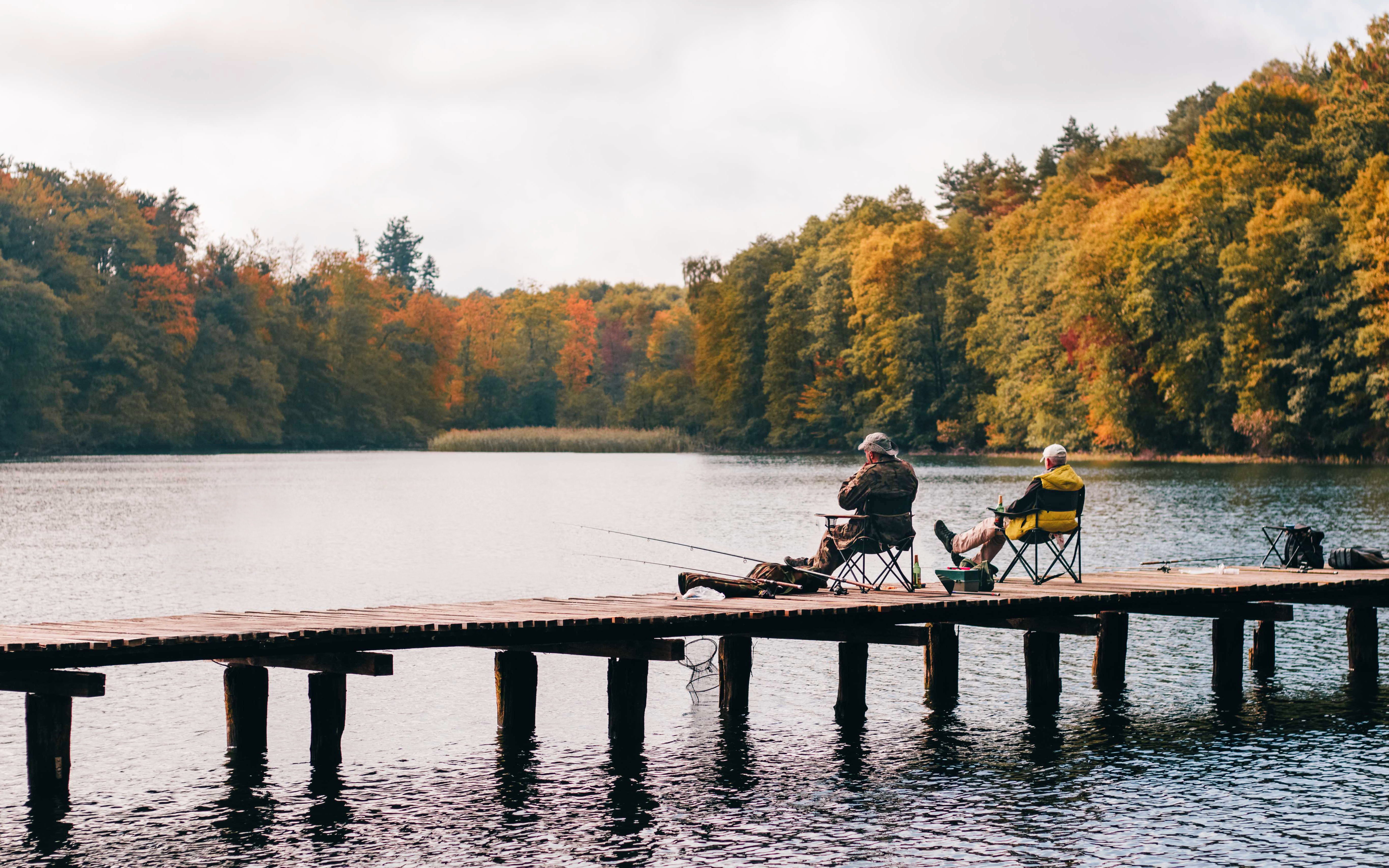 adults-bridge-dock-1630039