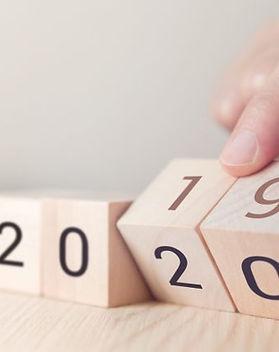 Turning-the-calendar-to-2020-877x432.jpg