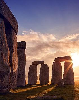 sunrise-over-stonehenge-flare-inner-circ