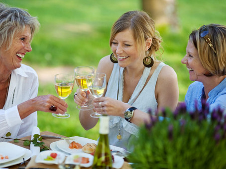 Cheers To Mom: Wine Gift Ideas