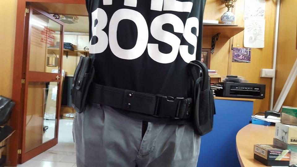 cinturone completo fondina , porta manette , porta