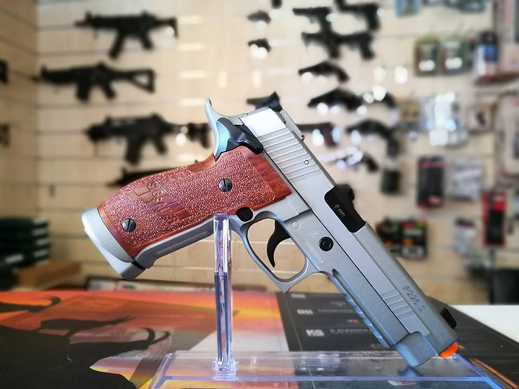 PISTOLA CO2 GAS SIG SAUER X-FIVE HARLINE IN METALLO CAL. 6MM