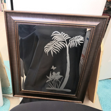 MIRROR ETCHED PALM TREE DECAL.jpg