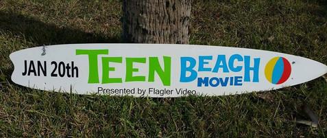 Surfboard Shaped Sign.jpg