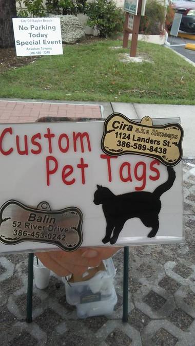 custom pet tags.jpg