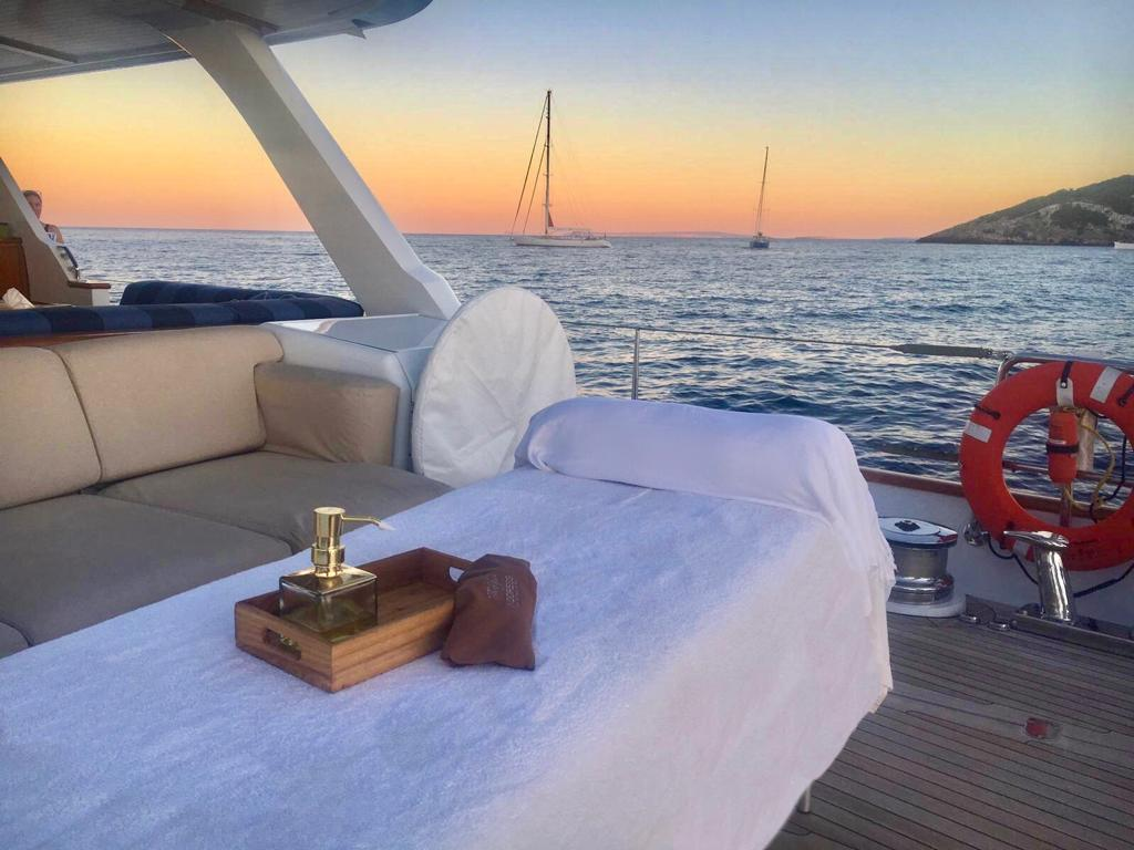 Ibiza Boat Massage
