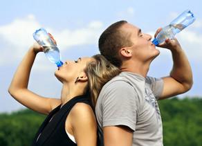A importância da água para a manutenção de nosso corpo