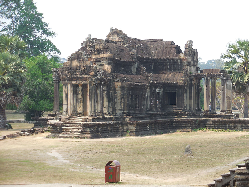 The library is located between the outer walls and the temple of Angkor Wat. Photo taken mid-day.