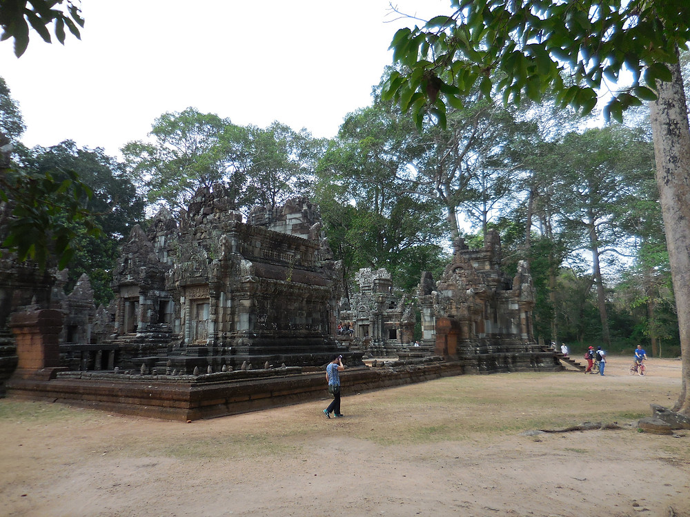 Chau Say Tevoda is a Hindu temple built in the 12th century