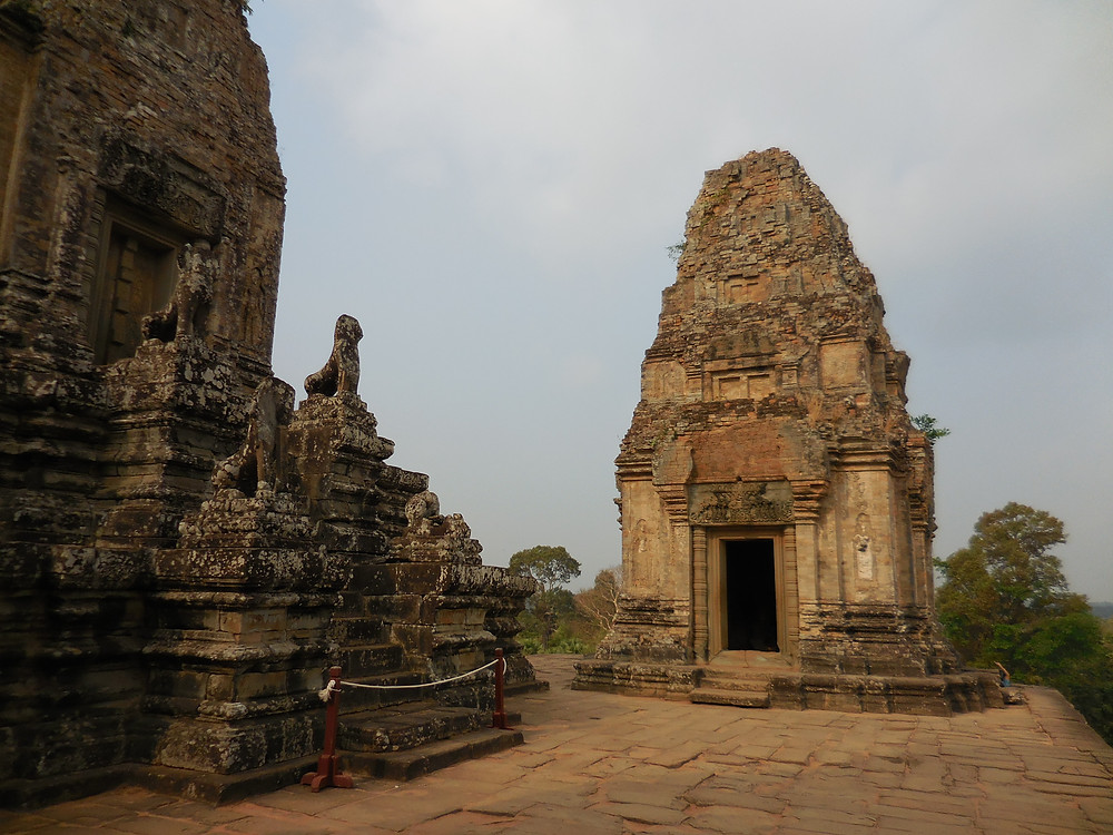 Pre Rup is on the road to Banteay Srei. Take about 20 minutes to stop and visit this temple which is one of the older ones in the area.