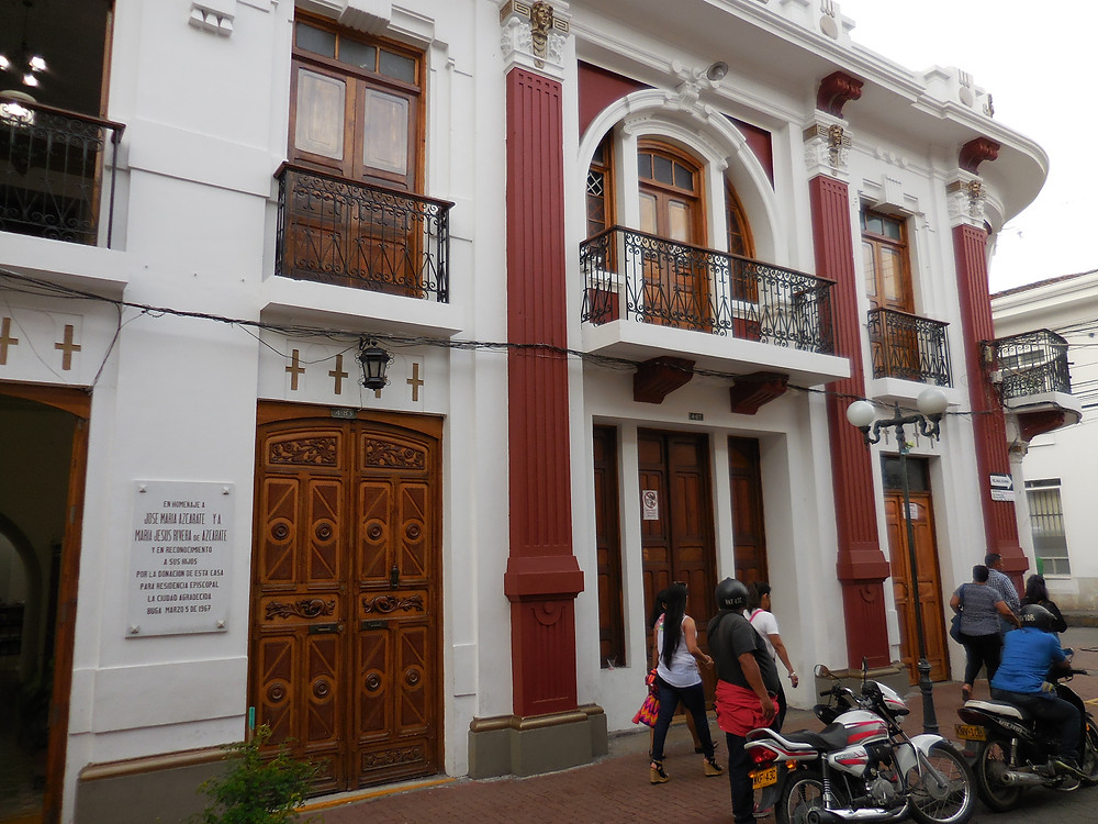 The architecture in this colonial town takes you back centuries to an earlier time