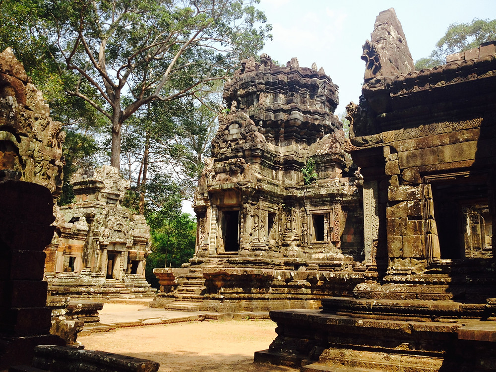 Chau Say Tevoda is small and easy to walk through. I love the temple designs with all the figures