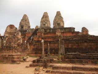 A photo tour of the Pre Rup, Kravan, Ta Som and Neak Pean temples at Angkor
