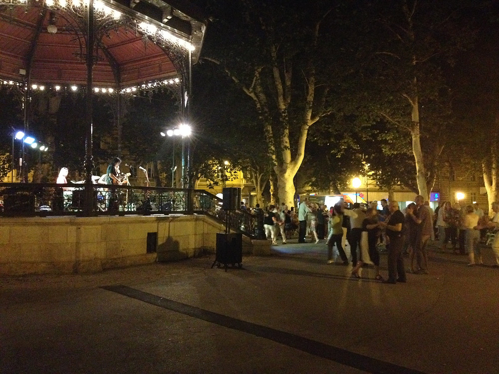 "A Friday evening ""concert in the park"" in Nikola Subic Zrinski Square"