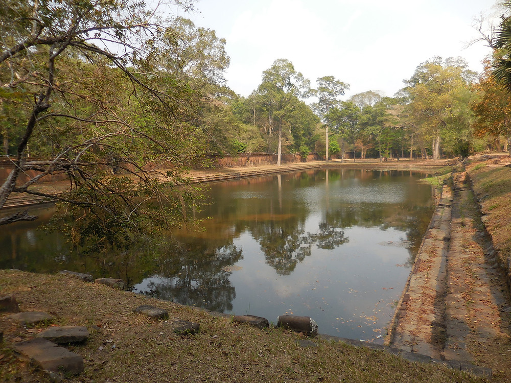 Along the path from Phimeanakas to Preah Palilay, there's a small baray (or reservoir) that is somewhat secluded