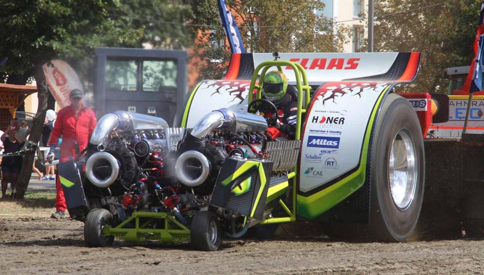 green-monster-team-Germany2-2000-1-1600x