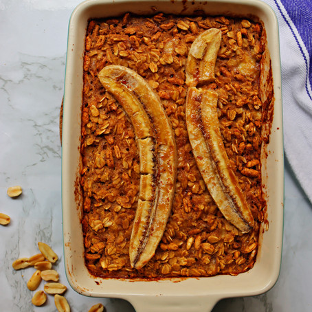 Peanut Butter Banana Baked Oatmeal (Vegan-Friendly, GF-Friendly)