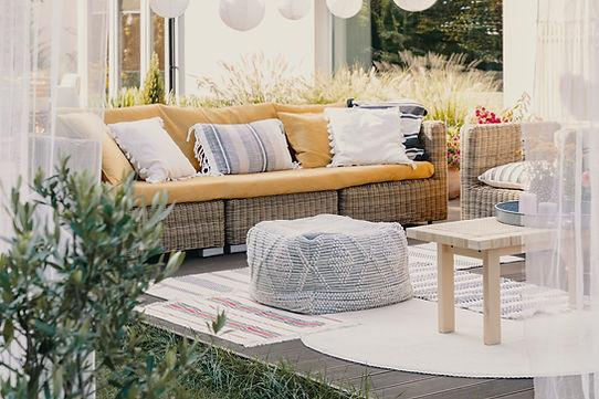 Furniture on deck.jpg