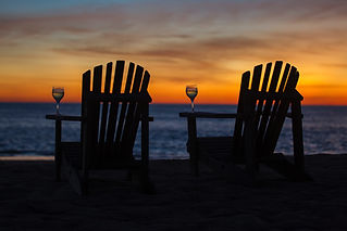 Sunset palmNighttime deck style inspirat