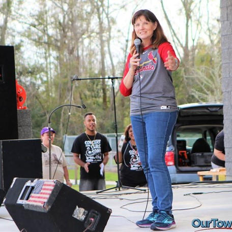 Paula speaking at the Concert for a Cure