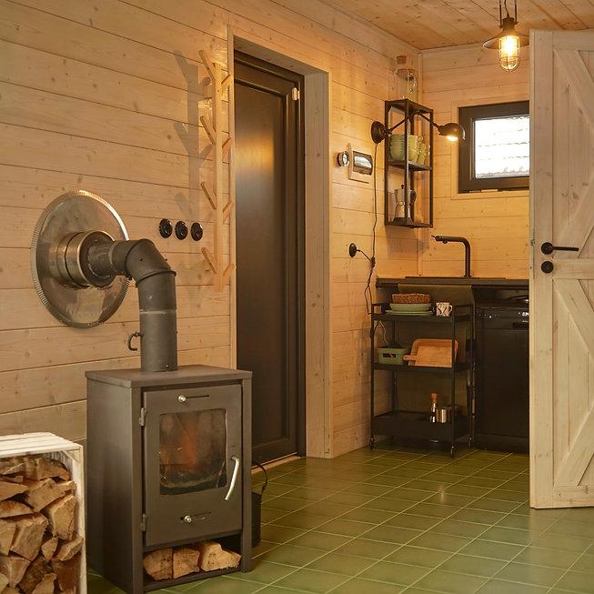 Kaminofen im Woodenfactory Holzhaus