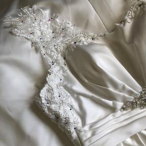 Turning a plain satin strapless dress into a beautiful bespoke lace/satin mix