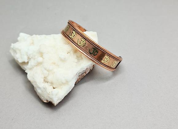 Brazalete de cobre con imanes
