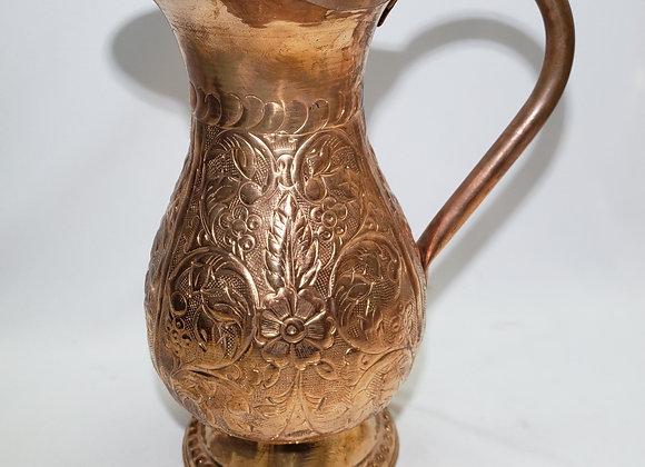 Jarra grabada en cobre