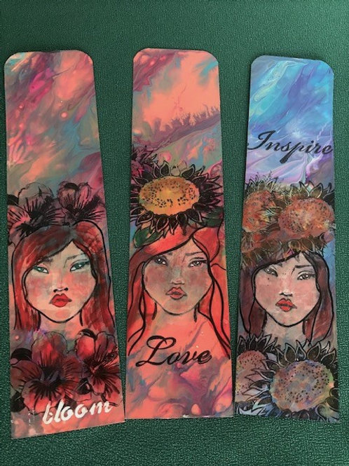 MM Bookmark - Face #3 (flowers)