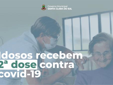 IDOSOS ACIMA DE 85 ANOS E ACAMADOS RECEBEM SEGUNDA DOSE DA VACINA CONTRA COVID-19