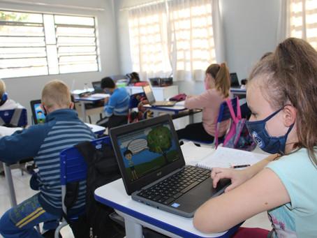 Chromebooks ampliam aprendizado dos alunos em Santa Clara do Sul