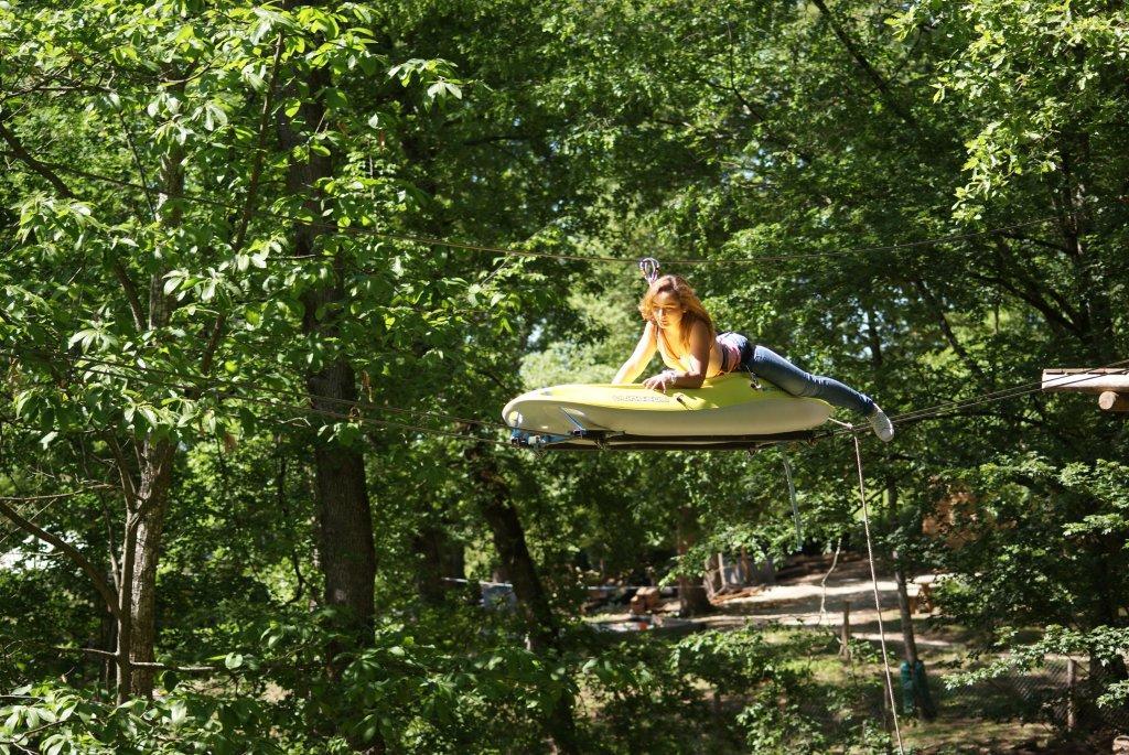 kayak_Kika_allonge_sur_kayak