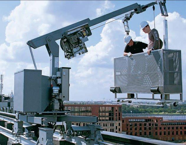 Обслуживание светодиодных экранов c фронтальной стороны