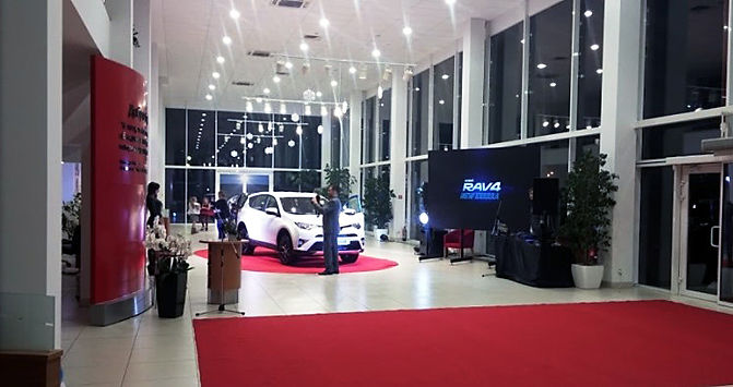 LED screens for car showrooms