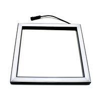 LUXLED Lighting Square 2020  – серия высококачественных светодиодных светильников, которые применяются для установки в подвесные потолки типа «Грильято». Линза светильника  обеспечивает отличное светораспределение. Простой и удобный монтаж.  Лампа не перегревается даже при длительном режиме непрерывной работы. В отличии от аналогичных светильноков, Lighting Square 2020 имеет широкий угол рассеивания (180 градусов). Энергопотребление 14 Вт. Световой поток 1700 люмен. Цветовая температура 4200K.