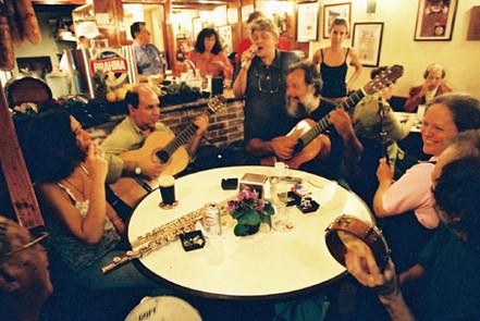 Maicira Trevisan, Valdo Gonzaga, Márcia, Arismar do Espírito Santo, Léa Freire e Gudin   2004
